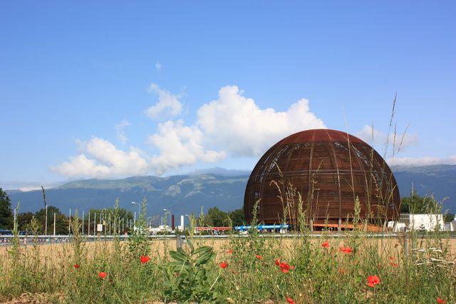 Tub-Flex Industries fournit le CERN en flexibles spécifiques