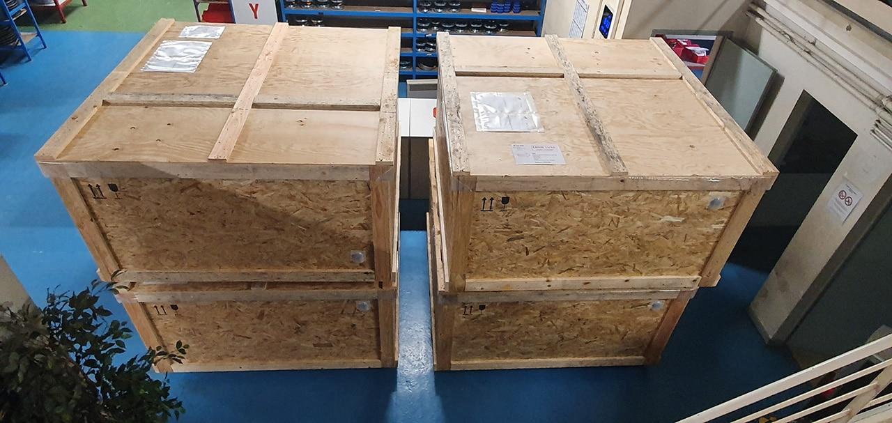 Caisses pour le container